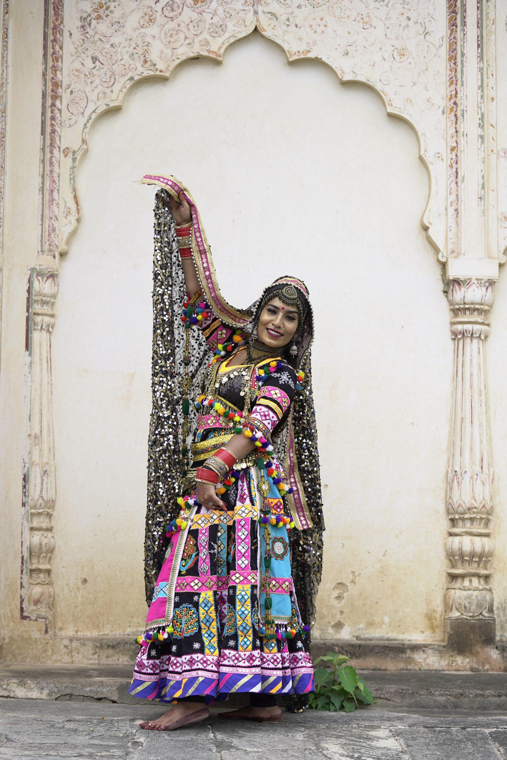 Aasha Sapera dancer