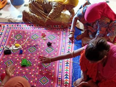 Kalbeliya blanket - handicraft